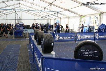 Visite de l'atelier de montage et du stock de pneus Michelin aux 24 heures du Mans 2014