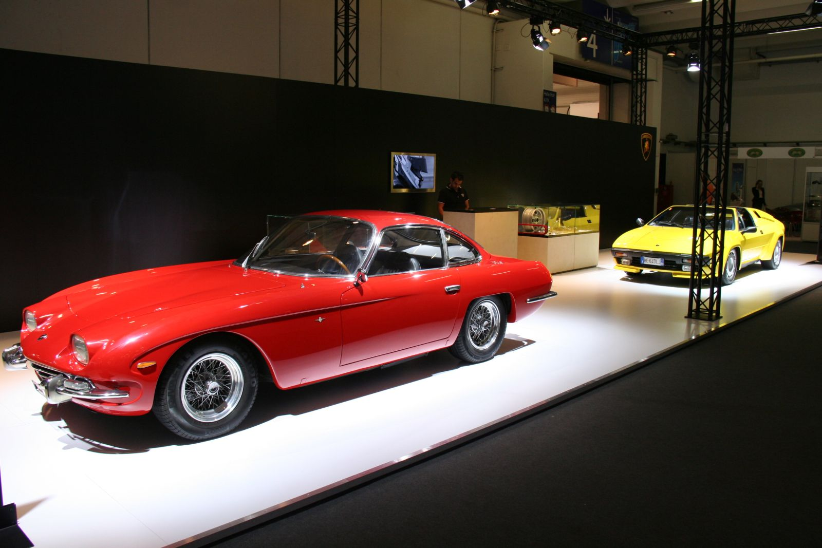 techno classica 2014 50 ans de lamborghini 350 gt lamborghini jalpa. Black Bedroom Furniture Sets. Home Design Ideas