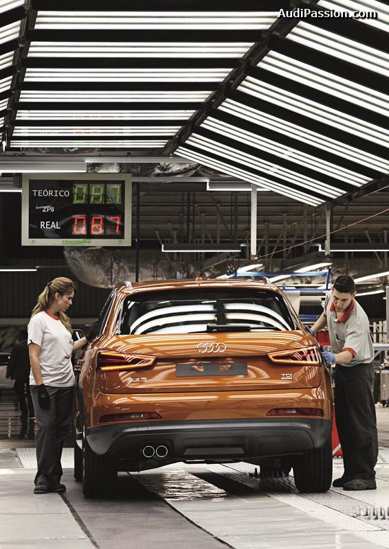 Audi hat die Produktion des Modells Q3 in Martorell, Spanien, gestartet. Im ersten vollen Produktionsjahr 2012 sollen rund 100.000 Einheiten des kompakten SUV an die Kunden gehen.