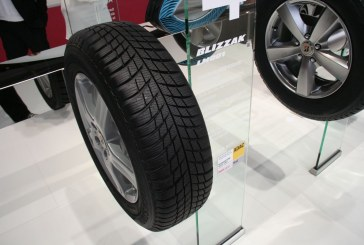 Paris 2014 – Nouveau pneumatique hiver Bridgestone Blizzak LM001