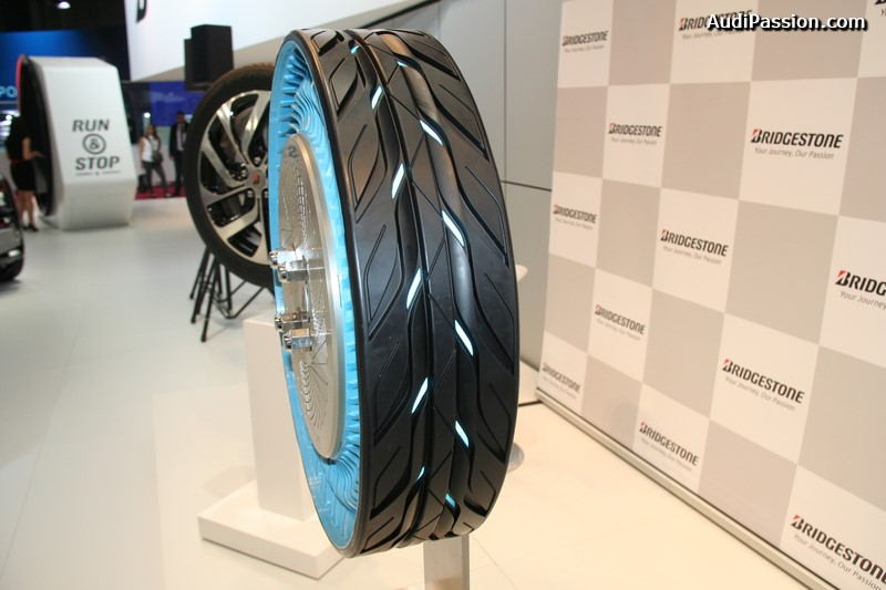 paris-2014-bridgestone-air-free-concept-tire-002