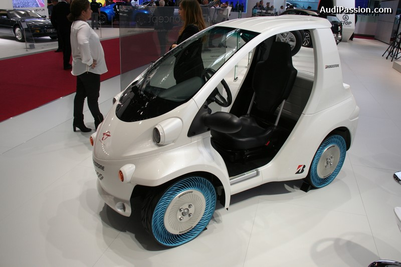 paris-2014-bridgestone-air-free-concept-tire-006