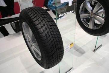 Paris 2014 - Nouveau pneumatique hiver Bridgestone Blizzak LM001