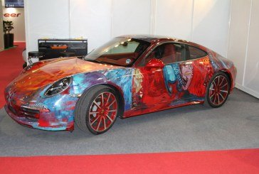 Paris 2014 - Une Porsche 911 Carrera Art Car par Shalemar
