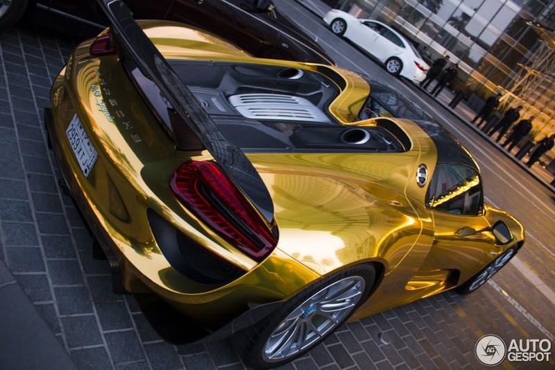 porsche-918-spyder-gold-002