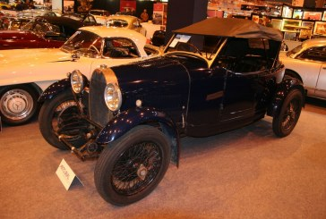 Rétromobile 2015 - Bugatti Type 40 Grand Sport de 1929