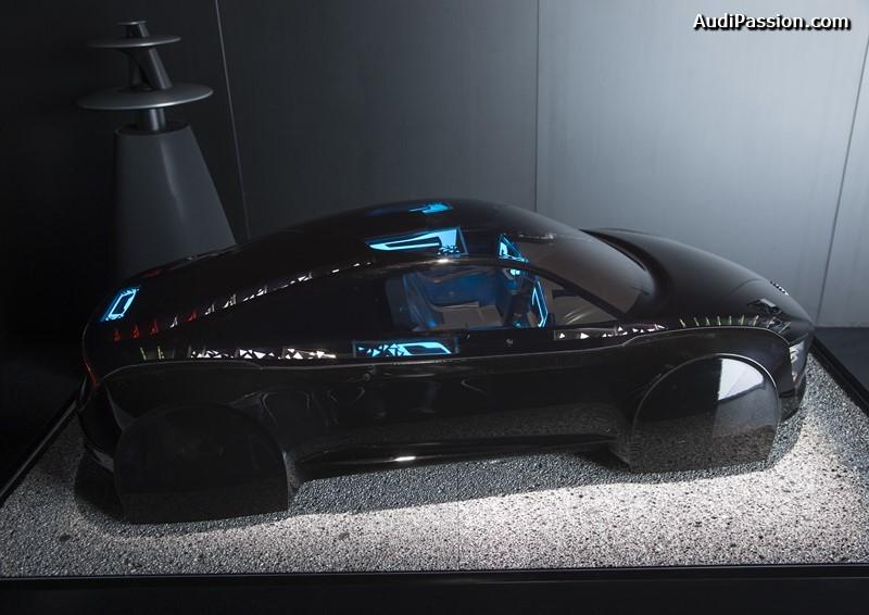 Exponat OLED-Technologie: ?The Swarm?