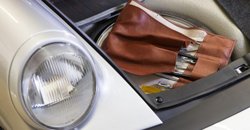 remise-prix-porsche-classic-retromobile-2015-001