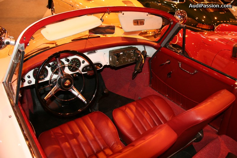 retromobile-2015-porsche-356-gendarmerie-010