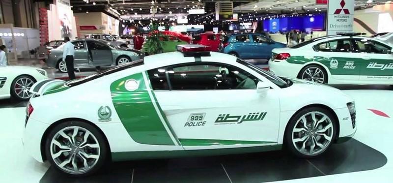 voitures-police-dubai-003