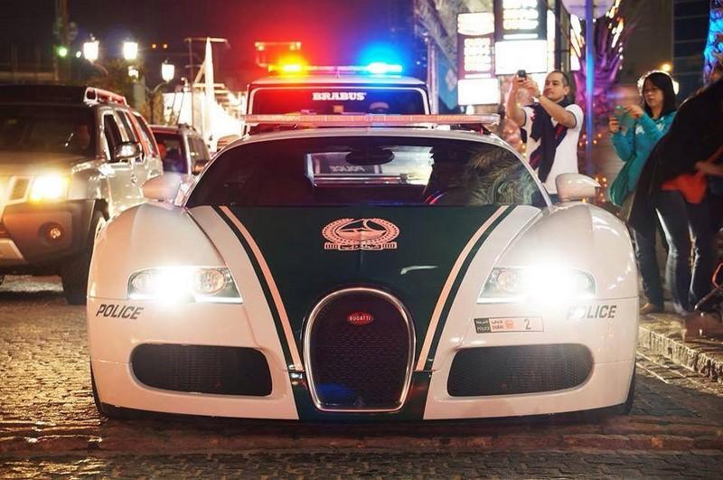 voitures-police-dubai-004