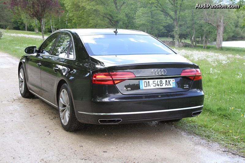 essai audi a8 v6 3 0 tdi clean diesel quattro tiptronic 258 ch avus extended 2014. Black Bedroom Furniture Sets. Home Design Ideas