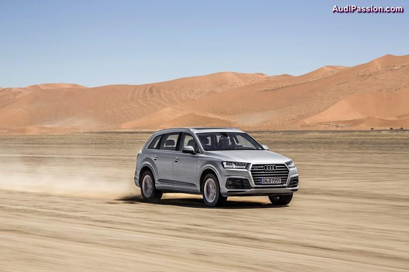 Der neue Audi Q7 auf seiner finalen Abnahmefahrt: