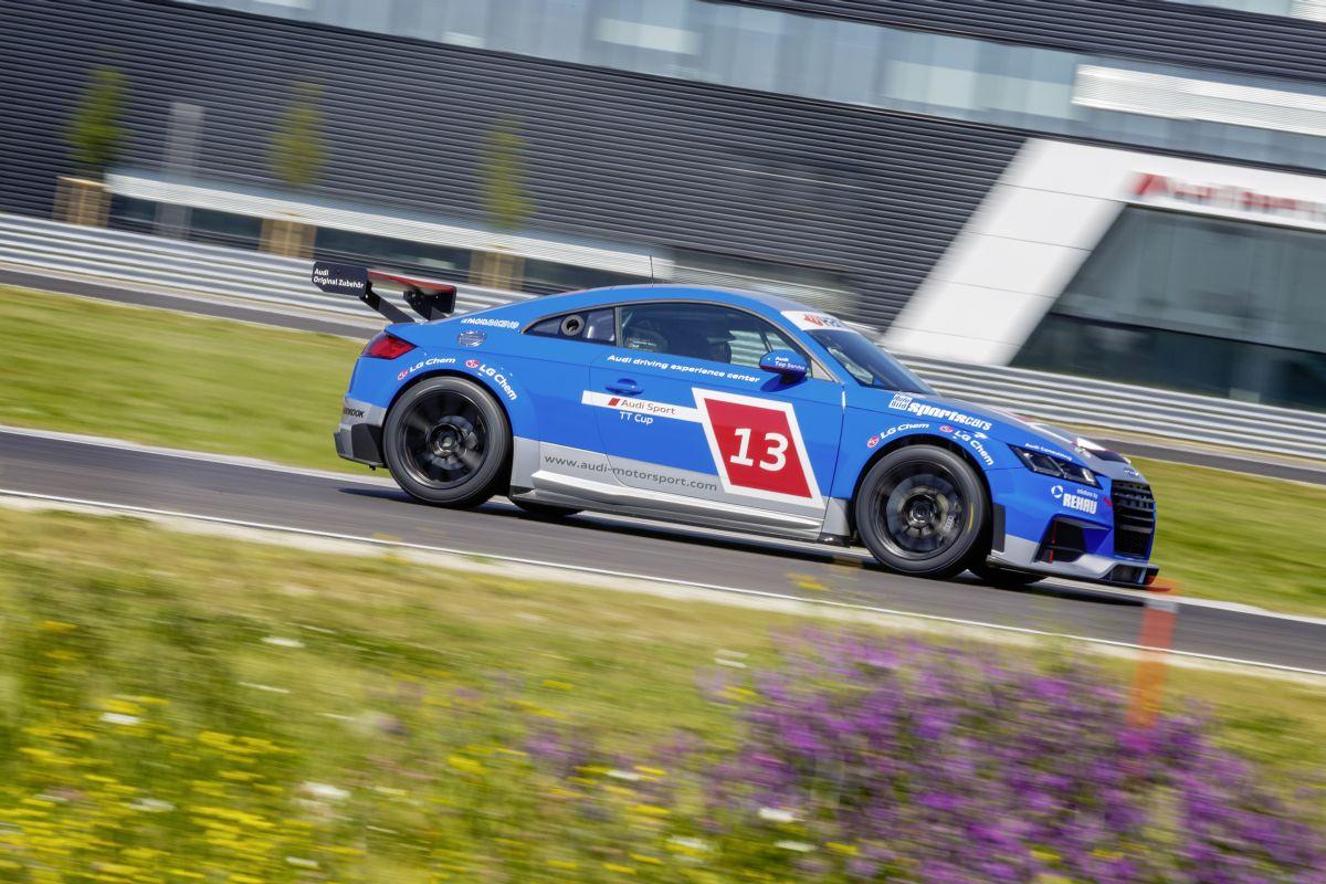Du sang bleu dans l'Audi Sport TT Cup