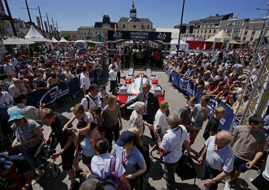 WEC - Pesage des 24 Heures du Mans 2015 - Porsche & Audi