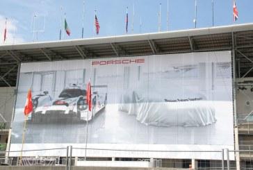 Teaser d'une future Porsche via l'une des trois affiches aux 24 Heures du Mans 2015