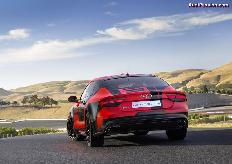 audi-rs7-piloted-driving-concept-004