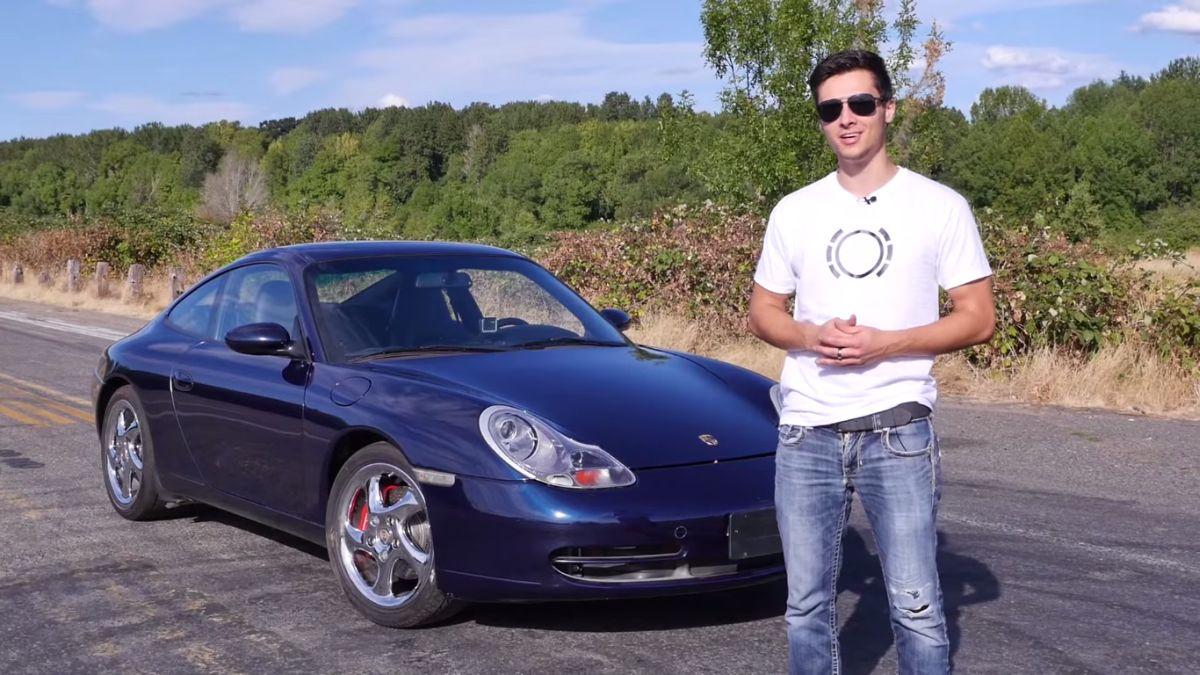 Freinage d'une Porsche 911 avec des plaquettes remplacées par des Iphone 4S & 5S