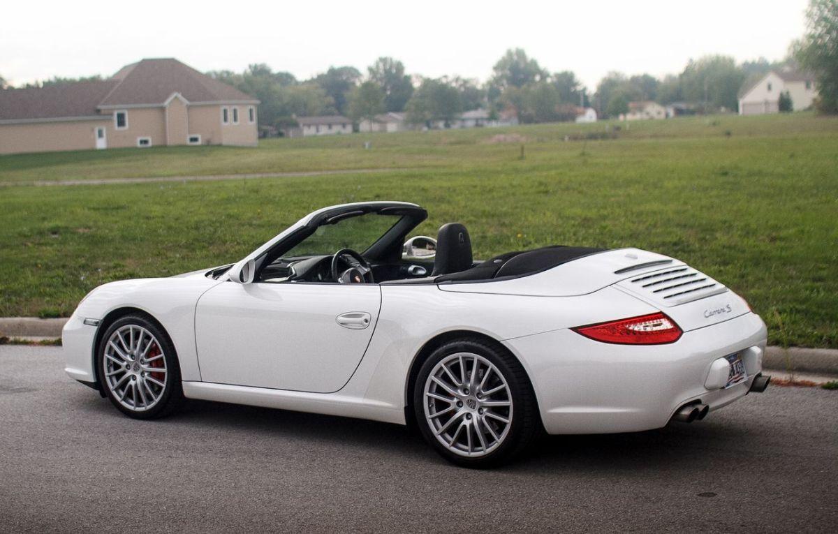 Centro 911 & Centro Track Day 911 - Des Porsche 911 Carrera S à conduite centrale