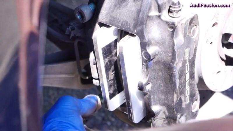 freinage-porsche-911-iphone-002