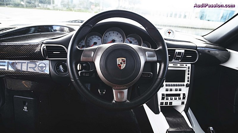 porsche-centro-911-trinity-motorsports-010