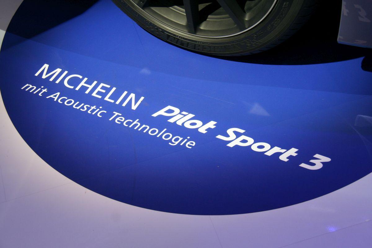 Live IAA 2015 - Technologie Michelin Acoustic en série sur les pneus Michelin Pilot Sport 3