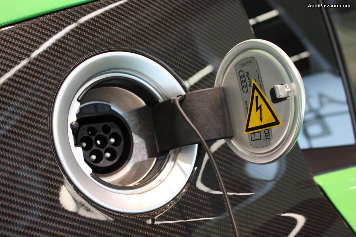 Live IAA 2015 - Audi R8 électrique FES GmbH