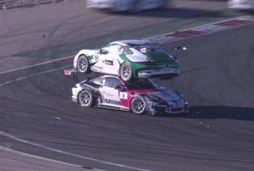 Vidéo surprenante d'un empilement de Porsche 911 GT3 Cup à Navarra