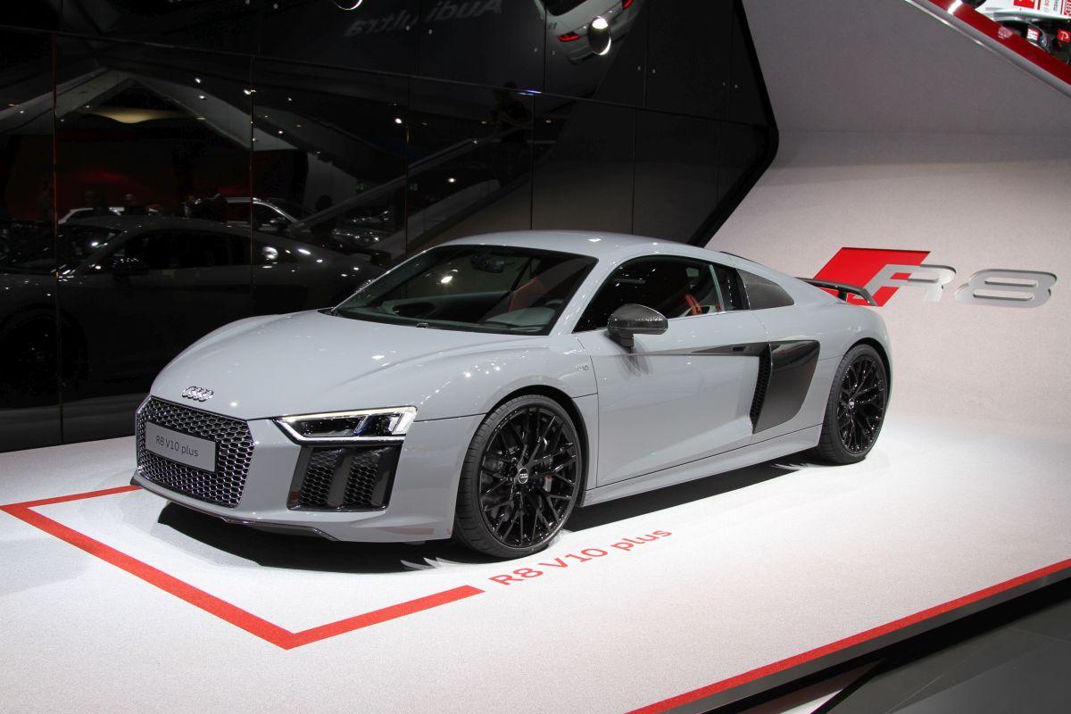 Live IAA 2015 - Audi R8 V10 & Audi R8 V10 plus