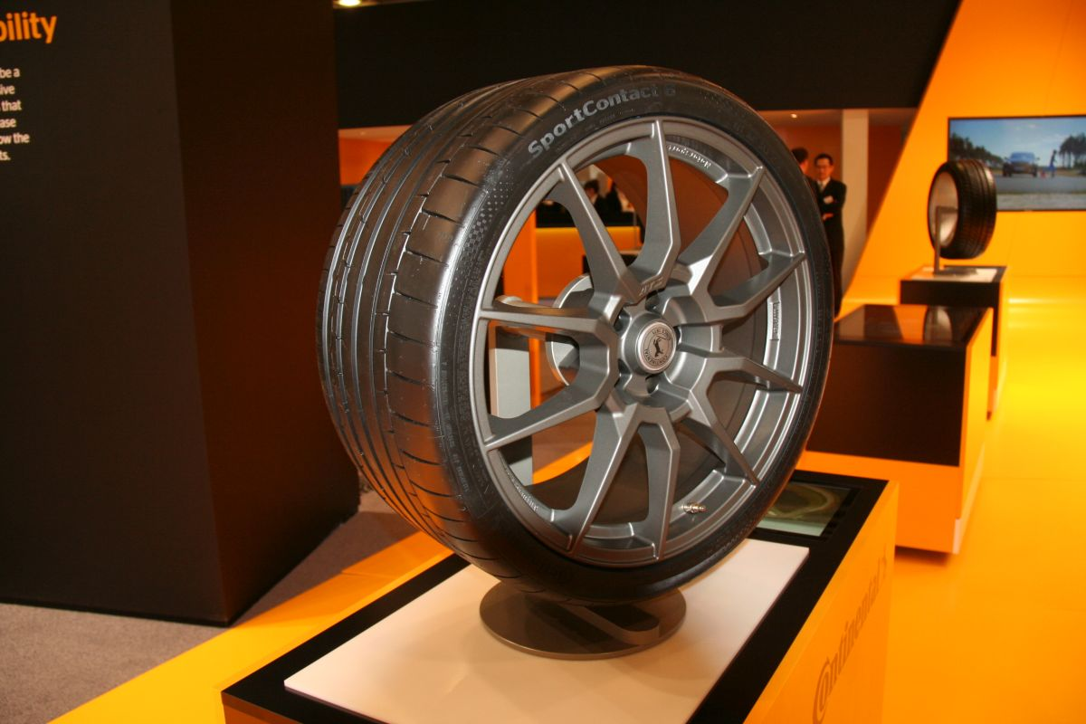 Live IAA 2015 - Nouveau pneu Continental SportContact 6