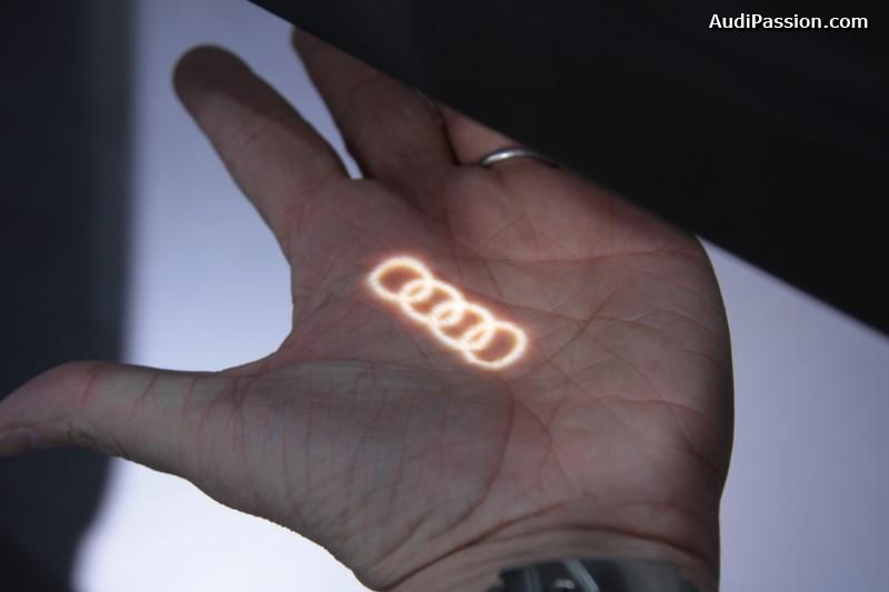 iaa-2015-projecteurs-led-portes-audi-009
