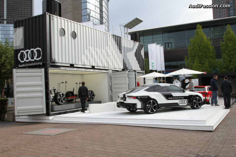 iaa-2015-recharge-audi-a3-etron-piloted-driving-005