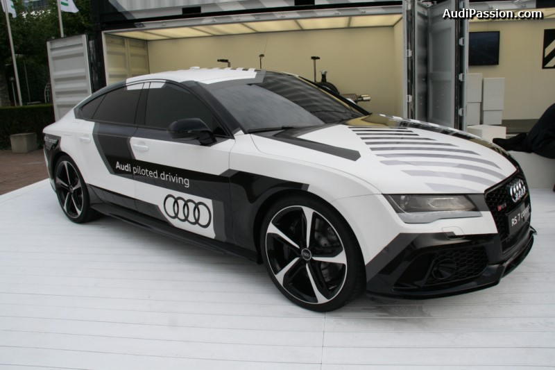 iaa-2015-recharge-audi-a3-etron-piloted-driving-008