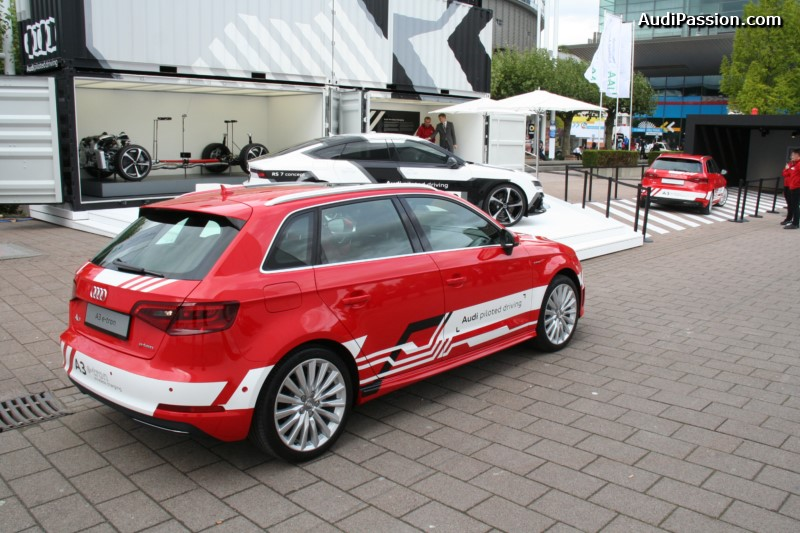 iaa-2015-recharge-audi-a3-etron-piloted-driving-018