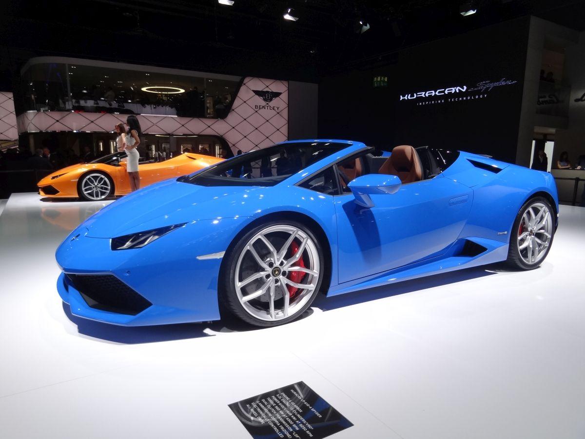 Live IAA 2015 - Lamborghini Huracan Spyder & Aventador SV Roadster