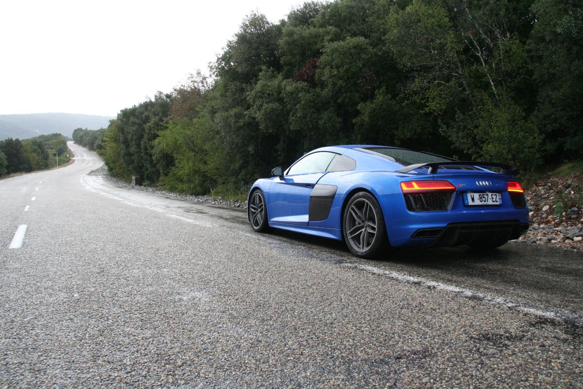 Pneu Continental SportContact 6 en première monte sur l'Audi R8 V10 plus