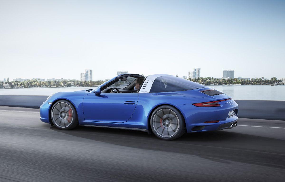 Nouvelles Porsche 911 Carrera 4/4S et 911 Targa 4/4S avec transmission intégrale