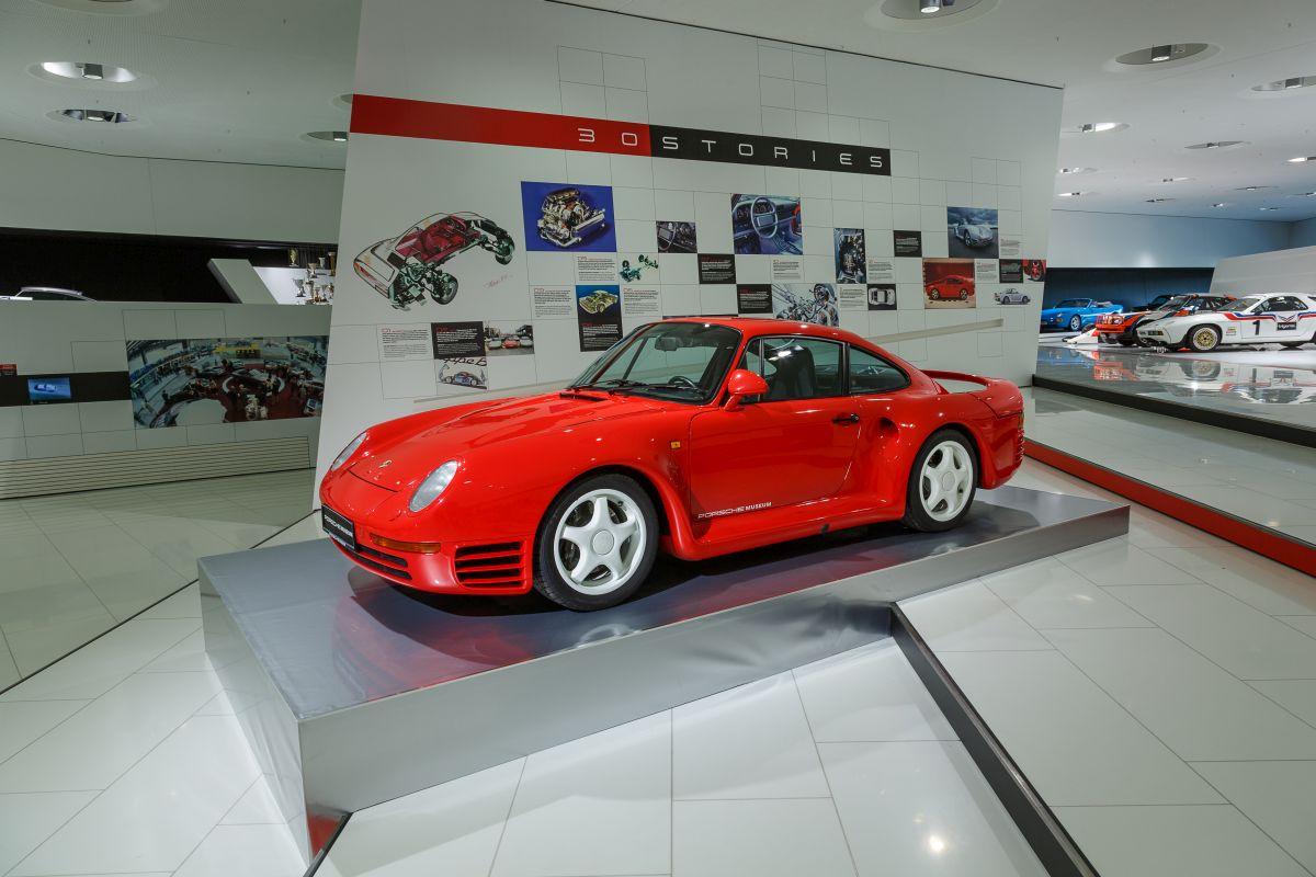 Exposition 30 ans de la Porsche 959 au Porsche-Museum