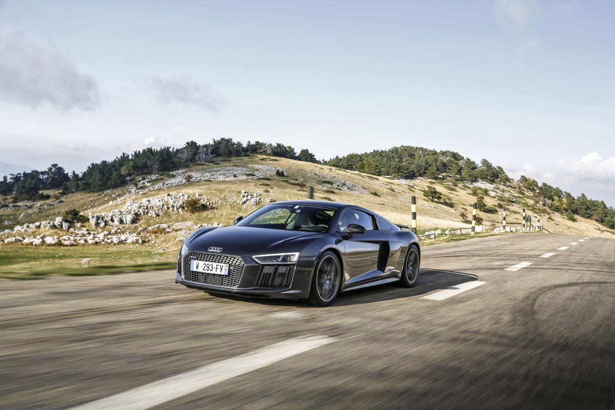 Shootings photos de l'Audi R8 V10 plus dans la Drome et l'Ardèche