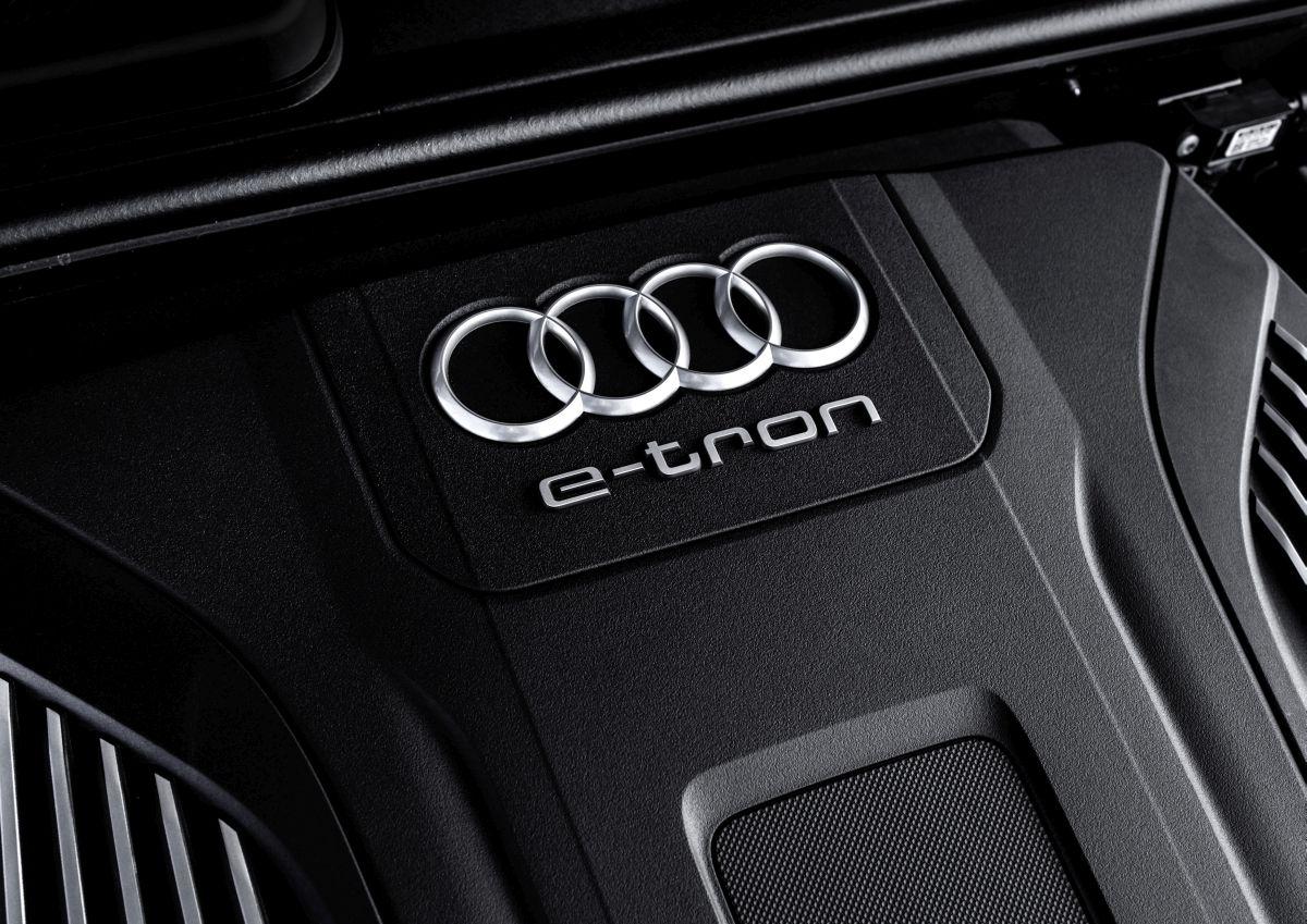 Audi future performance days 2015 - La gamme de systèmes Audi e-tron pour une conduite tout électrique