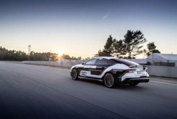 Records de tours de l'Audi RS 7 piloted driving concept en conduite autonome sur un circuit espagnol