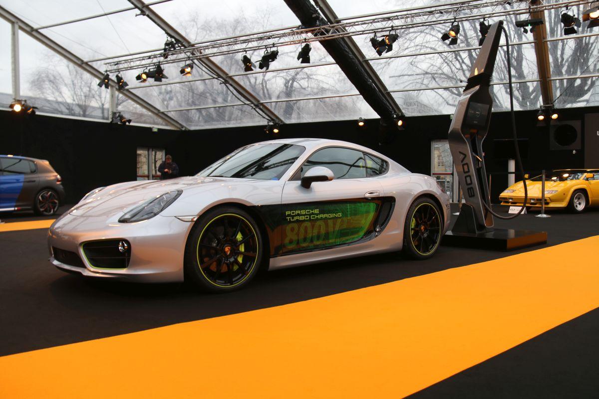 Porsche Cayman E-volution au Festival Automobile International 2016