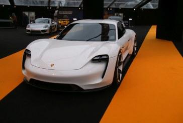 La Porsche Mission E élue plus beau concept car de l'année au Festival Automobile International 2016