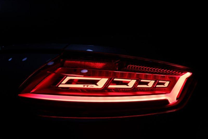 new-technology-lightings-audi-the-2016-029