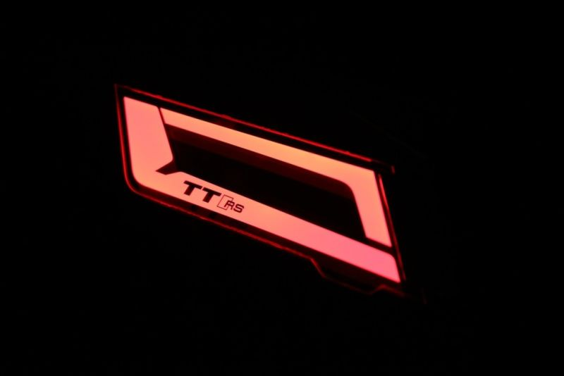new-technology-lightings-audi-the-2016-030
