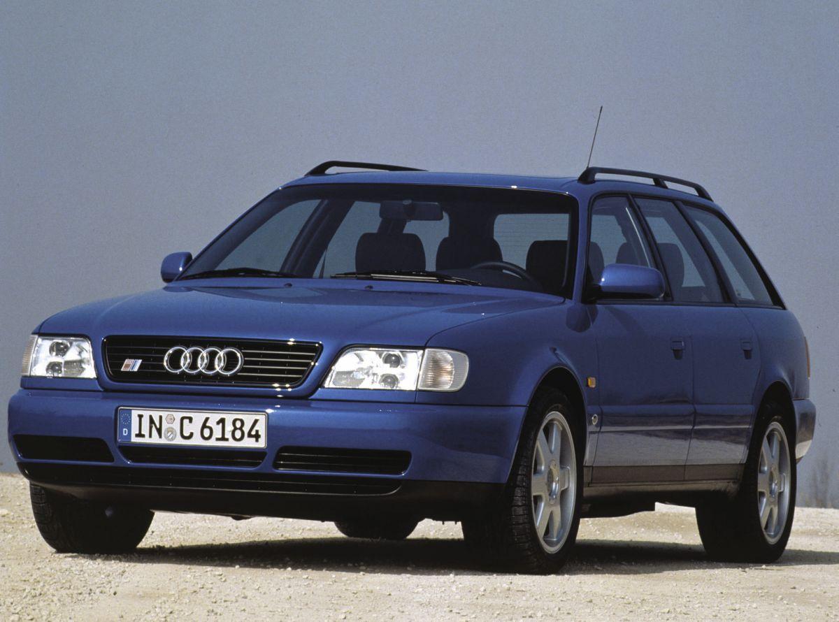 Audi S6 plus - La première voiture construite par quattro GmbH de 1996 à 1997