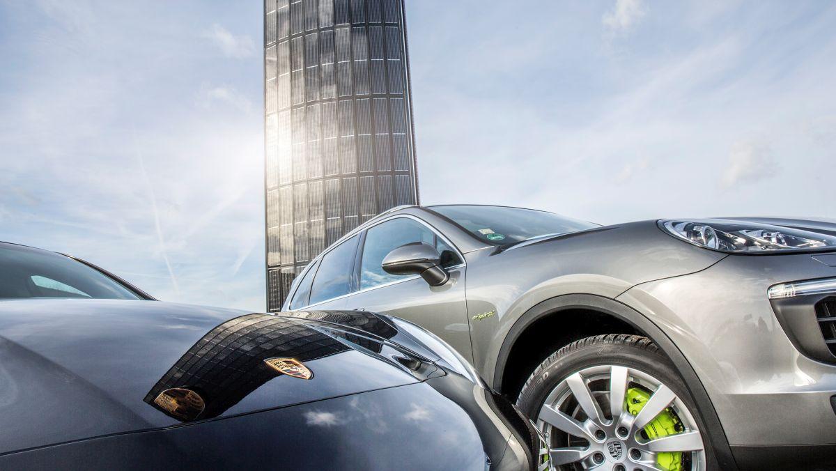 Porsche construit son premier pylône photovoltaïque à Berlin