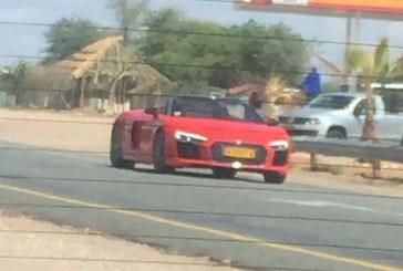 La nouvelle Audi R8 Spyder se dévoile en Namibie