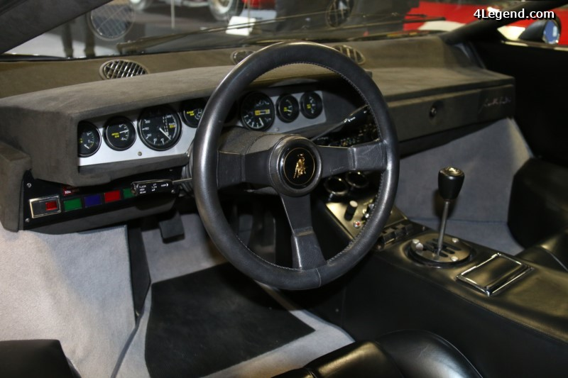 retromobile-2016-lamborghini-countach-lp-400-coup-periscopio-1975-009