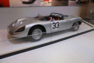 Rétromobile 2016 – Porsche 718 W-RS Spyder de 1961 sur le stand Porsche